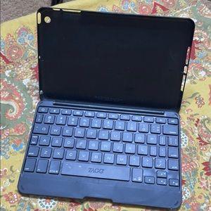 Mini iPad case with keyboard